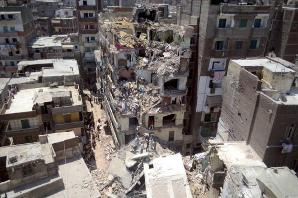 Πολυκατοικίες κατέρρευσαν σαν χάρτινοι πύργοι – 11 νεκροί   Newsit.gr