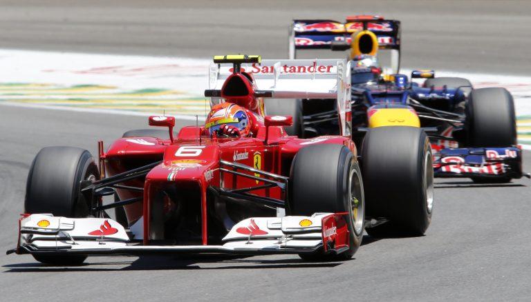 Η καρώ σημαία πέφτει – Ο μεγάλος τελικός της F1 | Newsit.gr