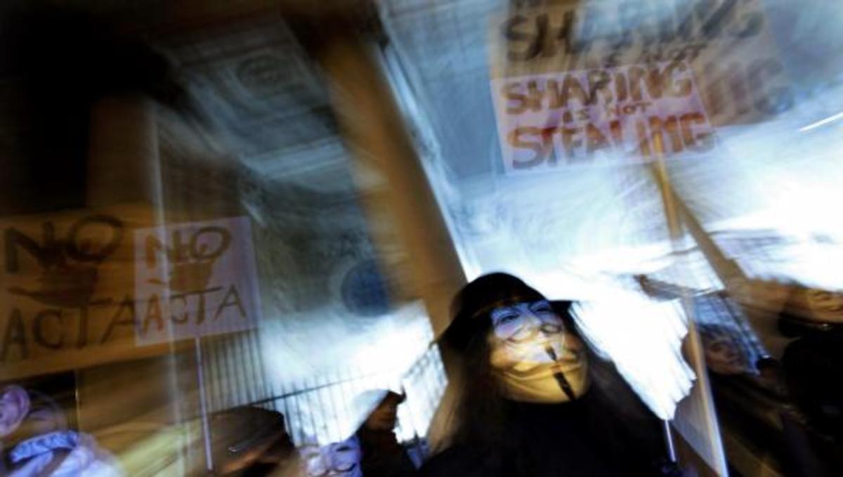 Έγγραφα στρατιωτικών επιχειρήσεων ανέβασαν στο ίντερνετ οι Anonymous | Newsit.gr