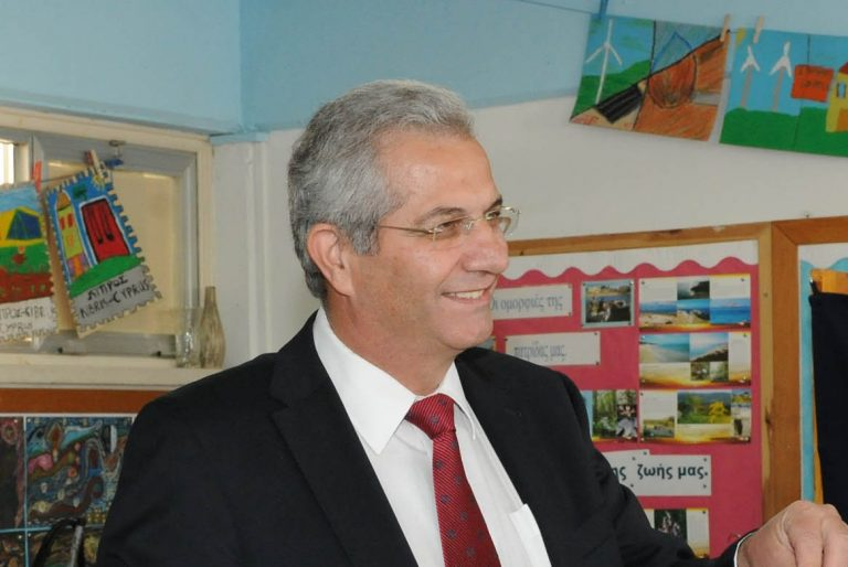 Σκέφτεται η Κύπρος να φύγει από το ευρώ; | Newsit.gr