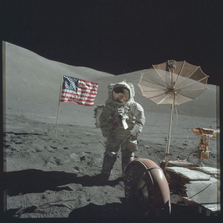 NASA: Απίστευτες φωτογραφίες από το πρόγραμμα Apollo – Όταν ο άνθρωπος πάτησε στο φεγγάρι!