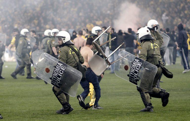 Μπιτσαξής: Πάρε το κύπελλο και φύγε   Newsit.gr
