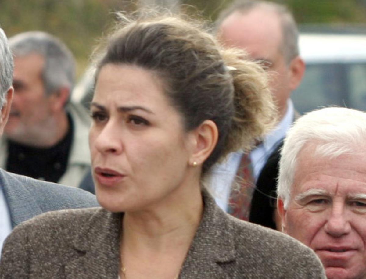 Τι απαντά η Αρετή Τσοχατζοπούλου για τις λίρες και τον χρυσό | Newsit.gr