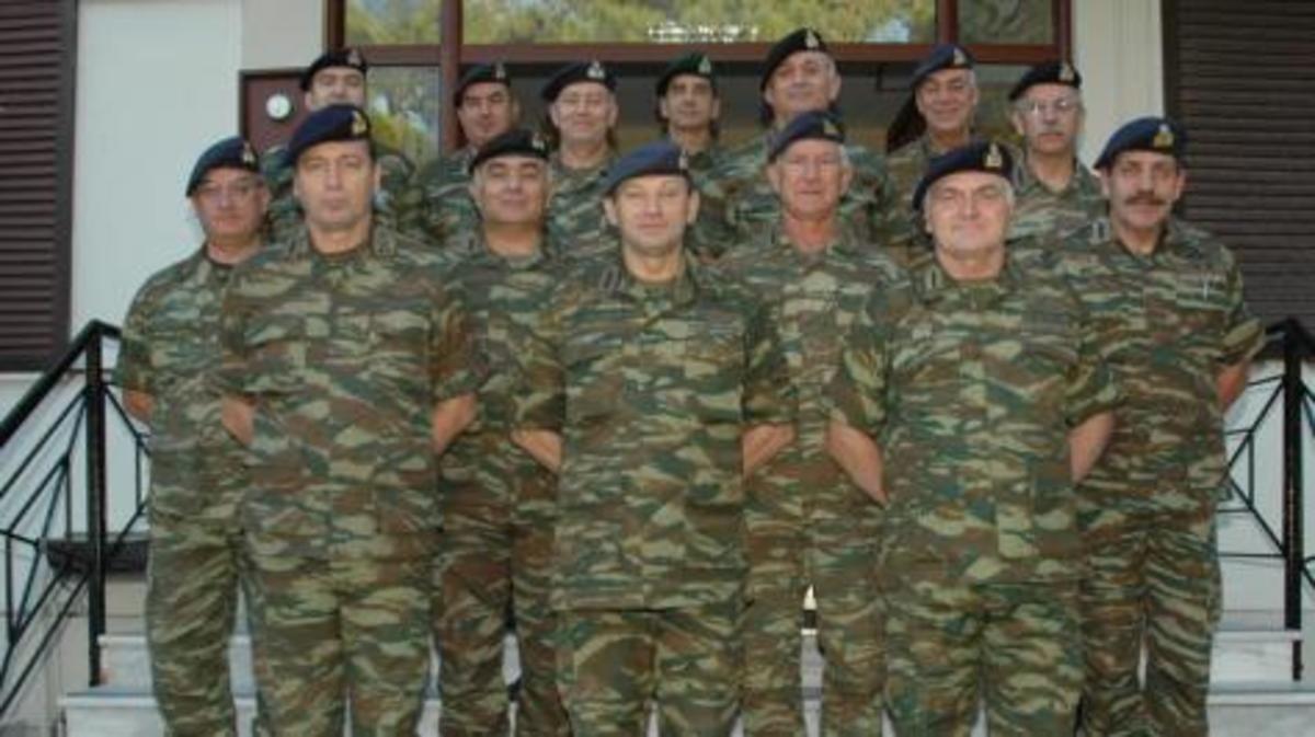 Οι στρατιωτικοί …αντέχουν, σύμφωνα με τον Α/ΓΕΣ,που «δεν νομίζει ότι είναι εξαθλιωμένοι»   Newsit.gr