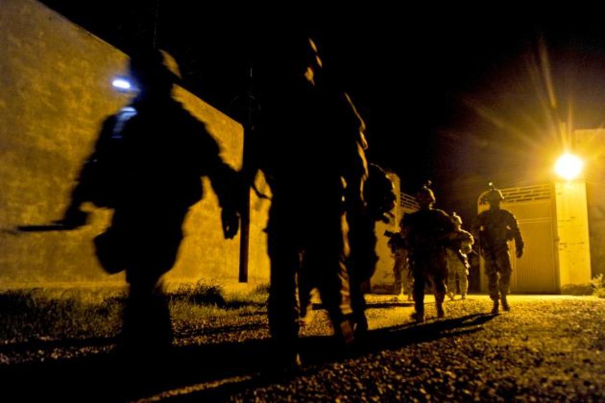 Άσκηση μες στη νύχτα ,μες στη πόλη! Περίεργα σενάρια; | Newsit.gr