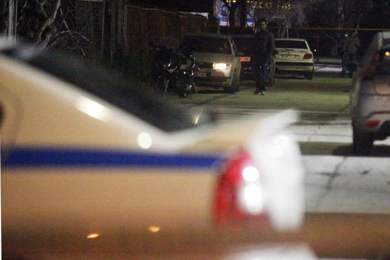 Τον έδειραν στη μέση του δρόμου στον Άγιο Παντελεήμονα | Newsit.gr