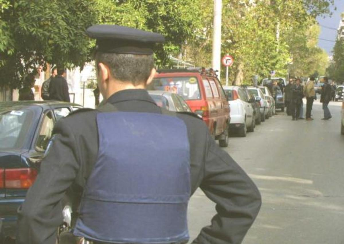 """""""Ο αρχιμαφιόζος έδωσε 800.000 ευρώ σε αστυνομικούς για μην τον συλλάβουν""""   Newsit.gr"""