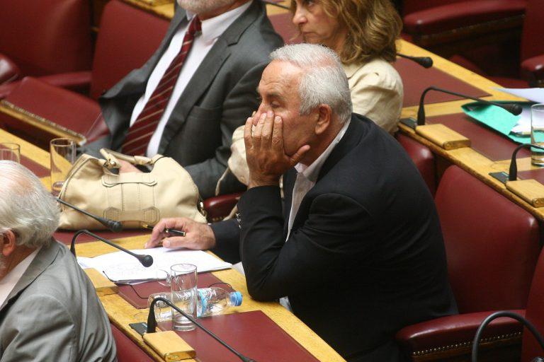 """Αθανασιάδης: με απείλησαν για να ψηφίσω """"ναι""""   Newsit.gr"""
