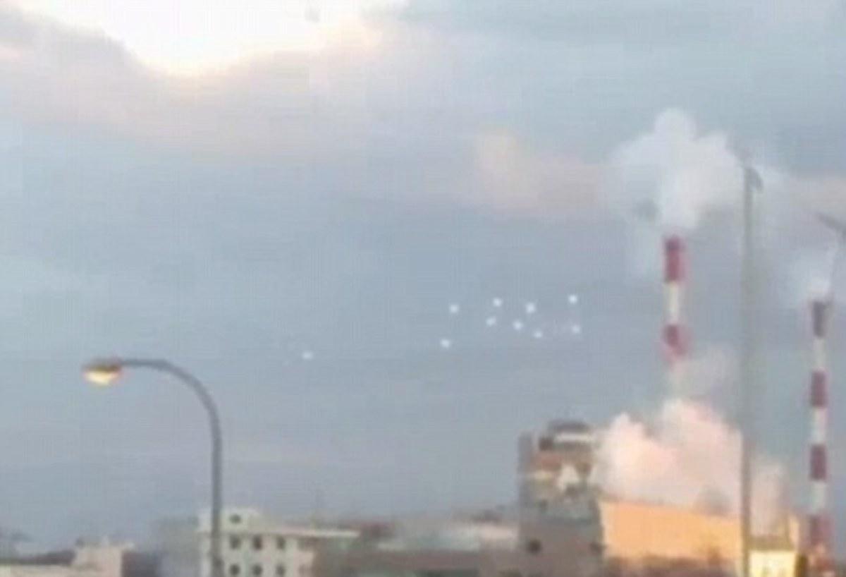 10 UFO «χόρευαν» στον ουρανό – Χαμός στην Ιαπωνία (BINTEO)