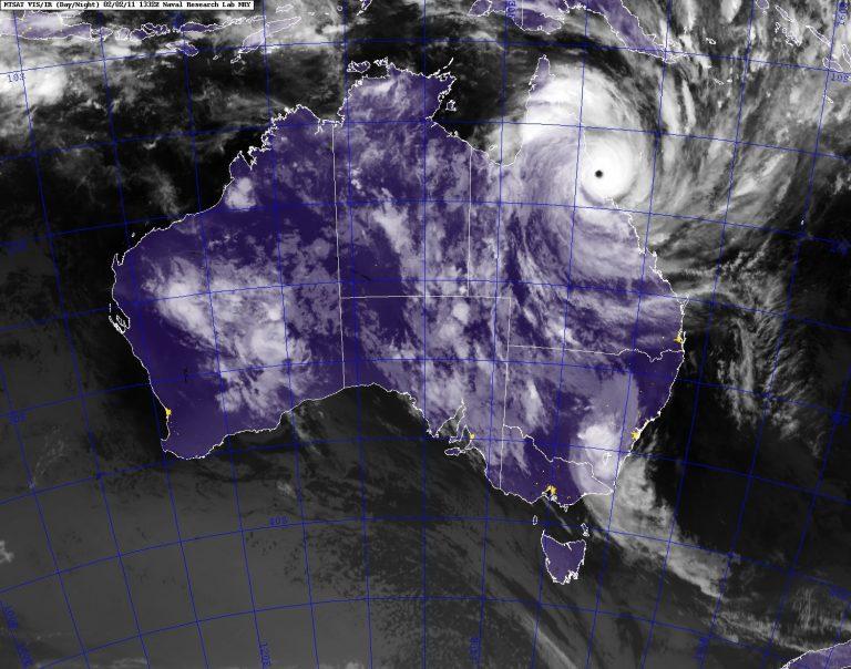 Ο κυκλώνας Γιάσι έφθασε στις ακτές της Αυστραλίας – Συναγερμός σε όλη τη χώρα | Newsit.gr