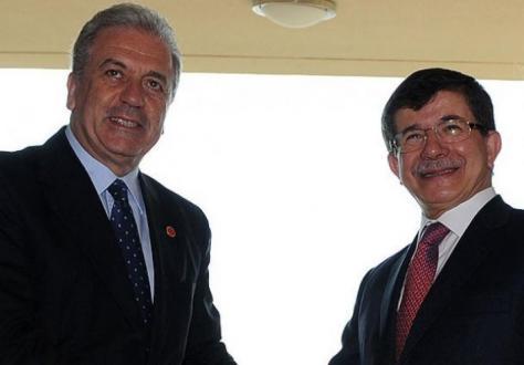 Τι πρέπει να μάθει να λέει στα τουρκικά ο Αβραμόπουλος εκτός από «ευχαριστώ» | Newsit.gr