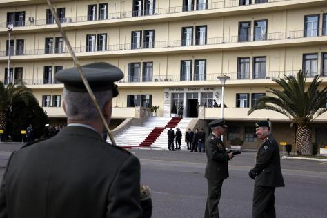 Ένα ποσοστό «κλείδωσε»! – Μείον 12% οι μισθοί στρατιωτικών και στελεχών σωμάτων ασφαλείας   Newsit.gr