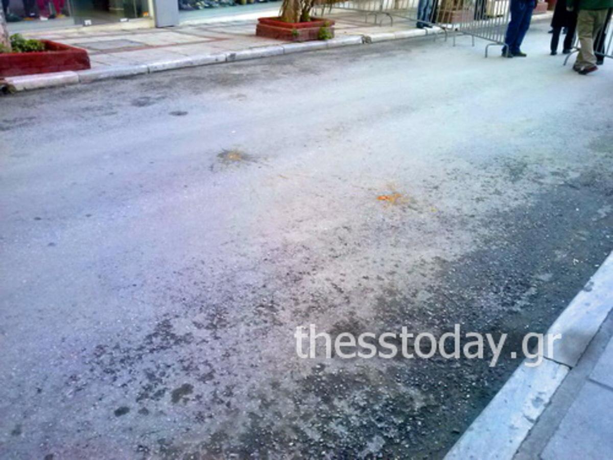 Θεσσαλονίκη: Έριξαν αυγά κατά την επίσκεψη Σαμαρά στη Συναγωγή (ΦΩΤΟ και VIDEO) | Newsit.gr