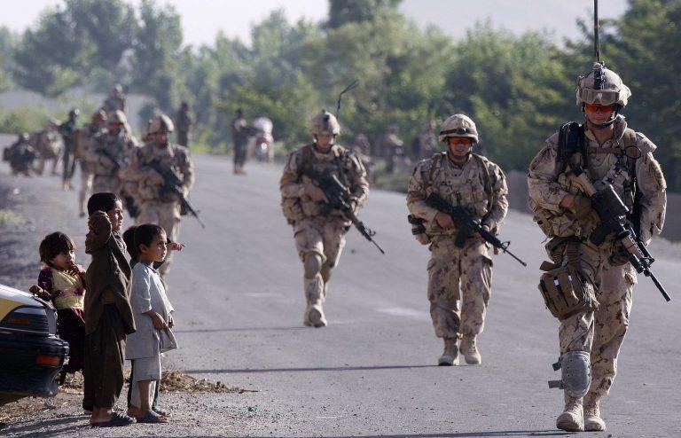 1.000 παιδιά θύματα του πολέμου στο Αφγανιστάν μέσα στο 2009 | Newsit.gr
