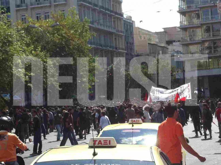 Πορεία αντιεξουσιαστών στο κέντρο – Φωτο και Βίντεο | Newsit.gr