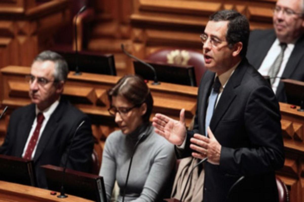 Πορτογαλία: Το Σοσιαλιστικό Κόμμα ζητεί από την τρόικα λιγότερη λιτότητα και περισσότερο χρόνο | Newsit.gr