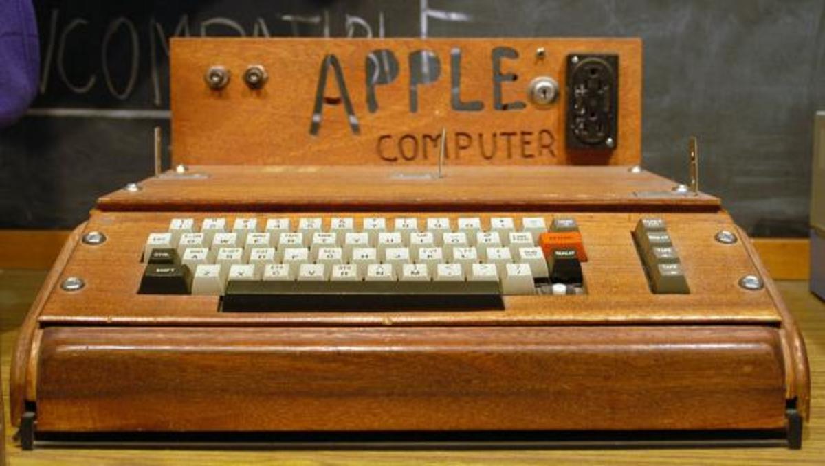 Πουλήθηκε ο  πρώτος υπολογιστής της Apple σε τιμή ρεκόρ!   Newsit.gr