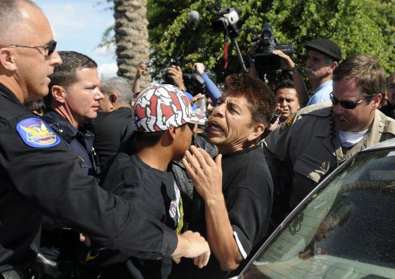 Η Αριζόνα πέρασε τον σκληρότερο αντιμεταναστευτικό νόμο   Newsit.gr