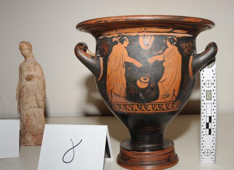 Ετοιμάζονταν να πουλήσουν όλη την ελληνική ιστορία! | Newsit.gr
