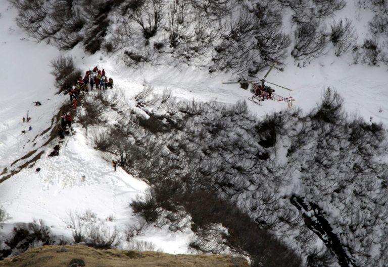Τραγωδία στις Άλπεις – Ομάδα τουριστών καταπλακώθηκε από χιονοστιβάδα | Newsit.gr