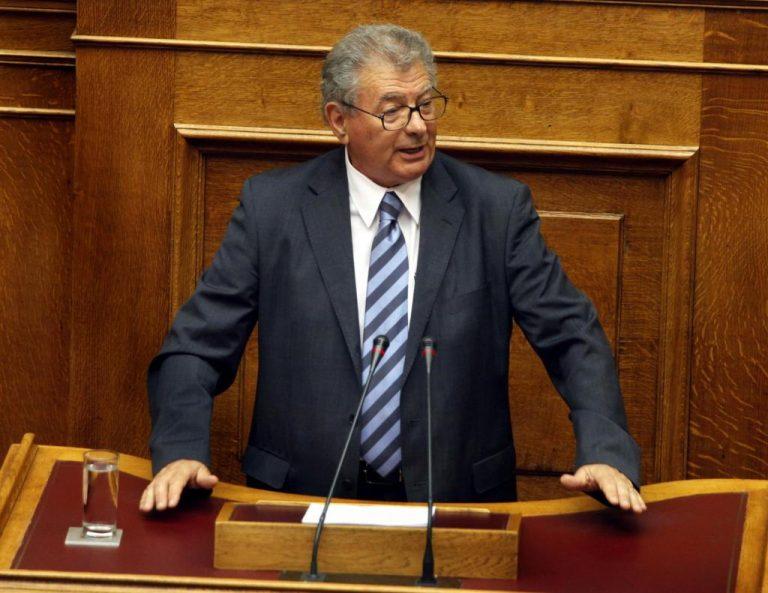 Ο Σήφης Βαλυράκης δε θα είναι στις λίστες του ΠΑΣΟΚ στις εκλογές | Newsit.gr