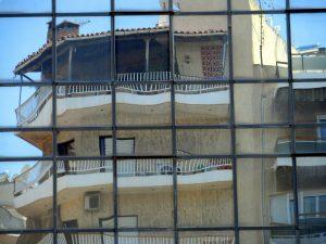Πάτρα: Απεγκλωβίστηκε ο ανήλικος που είχε κλειδωθεί στο μπαλκόνι