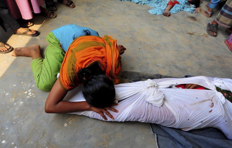 Περισσότεροι απο 230 οι νεκροί στο Μπαγκλαντές – Απίστευτες καταγγελίες για τις συνθήκες εργασίας – ΦΩΤΟ   Newsit.gr