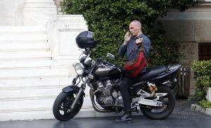 Βαρουφάκης: Έπρεπε να είχα χρεοκοπήσει την Ελλάδα
