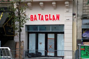 Bataclan: Ανοίγει με συναυλία του Στινγκ ένα χρόνο μετά το αιματοκύλισμα