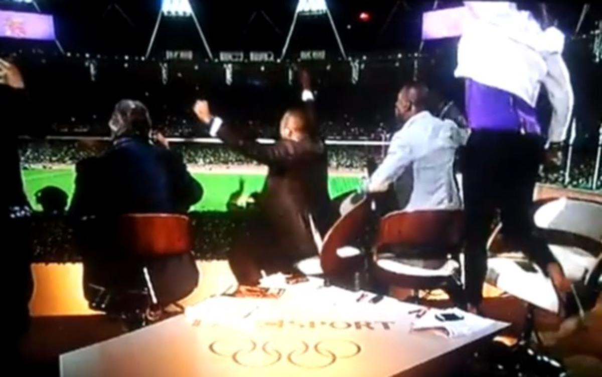 Τρελάθηκαν οι παρουσιαστές του BBC! Χοροπηδούσαν στις καρέκλες! | Newsit.gr