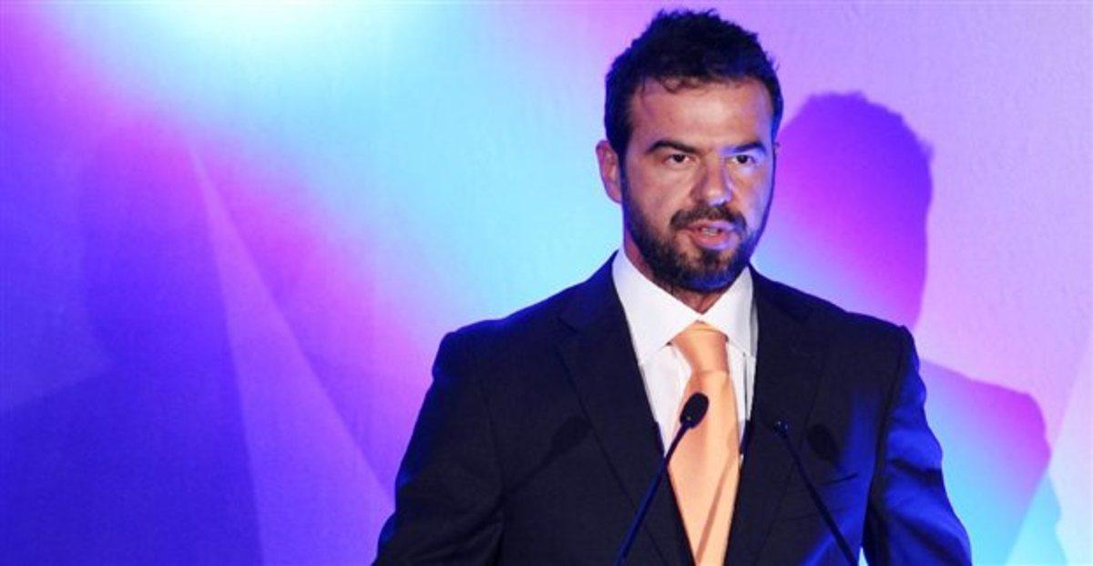 Στον όμιλο Ρέστη ο Ανδρέας Μπέκιος | Newsit.gr
