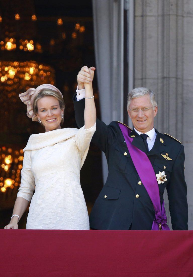 Παραιτήθηκε συγκινημένος ο βασιλιάς Αλβέρτος Β' – Νέος βασιλιάς ο Φίλιππος | Newsit.gr
