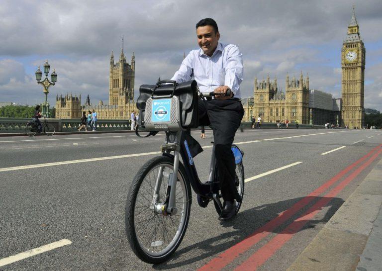 Ενοικιάζονται ποδήλατα στο Λονδίνο   Newsit.gr