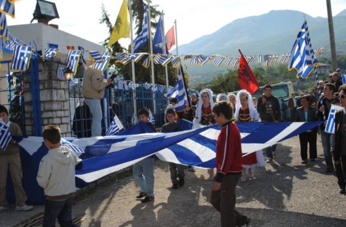 Κόβουν τη σύνταξη 330 ευρώ σε 18.000 βορειοηπειρώτες! | Newsit.gr