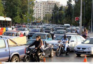 Καραμπόλα πέντε αυτοκινήτων στην Περιφερειακή Θεσσαλονίκης