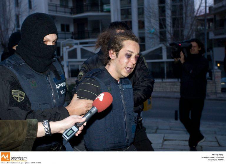 Πατέρας Μπουρζούκου: Βασάνισαν τον γιο μου – ΒΙΝΤΕΟ | Newsit.gr