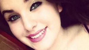 Σοκ! Αυτοκτόνησε μπροστά στην οικογένειά της μετά το ανελέητο cyber-bullying