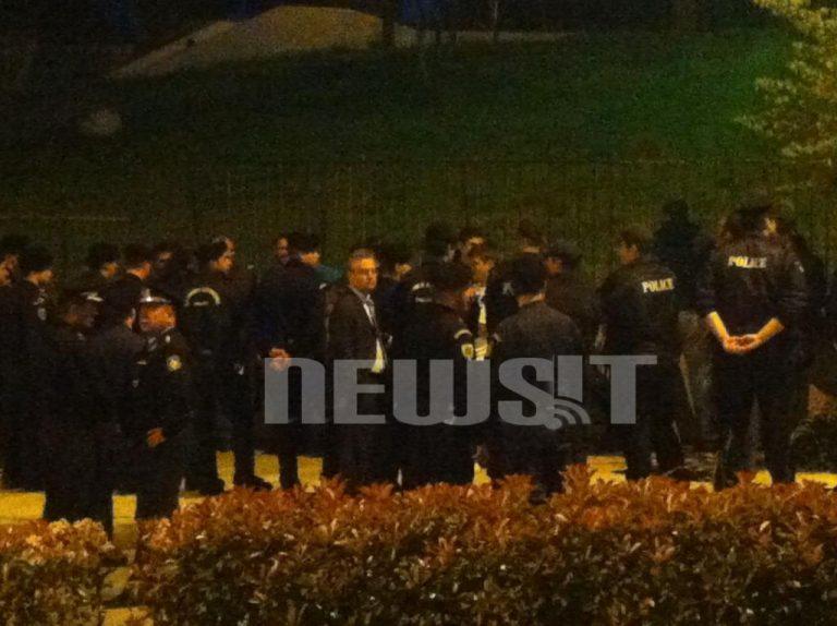 Κάτοικοι στο Μπραχάμι διαμαρτυρήθηκαν στον Μιχ.Χρυσοχοϊδη   Newsit.gr