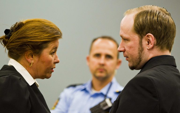 Στο τελικό στάδιο η δίκη του Μπράιβικ – Στη φυλακή ή σε ψυχιατρική κλινική;   Newsit.gr