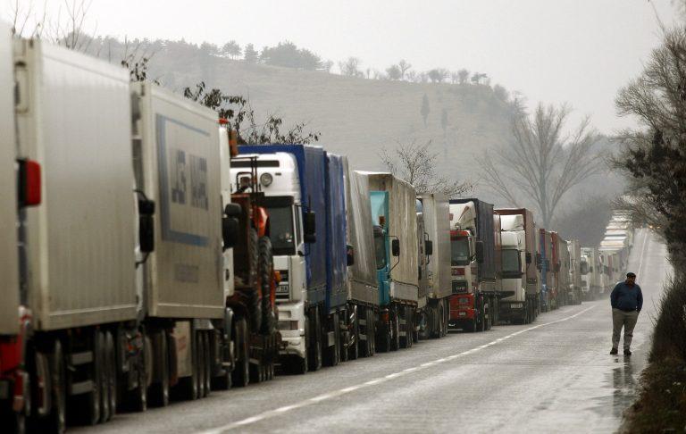 7 εκατ. ευρώ ζημιά στη Βουλγαρία από τις αγροτικές κινητοποιήσεις | Newsit.gr