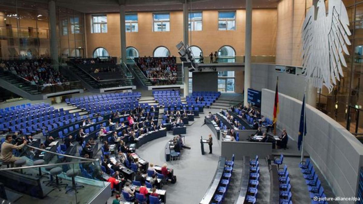 Τώρα στη γερμανική Βουλή το ελληνικό »πακέτο»   Newsit.gr