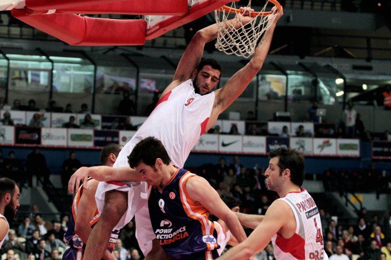 Νίκησε και παρέμεινε σε τροχιά πρόκρισης ο Ολυμπιακός | Newsit.gr