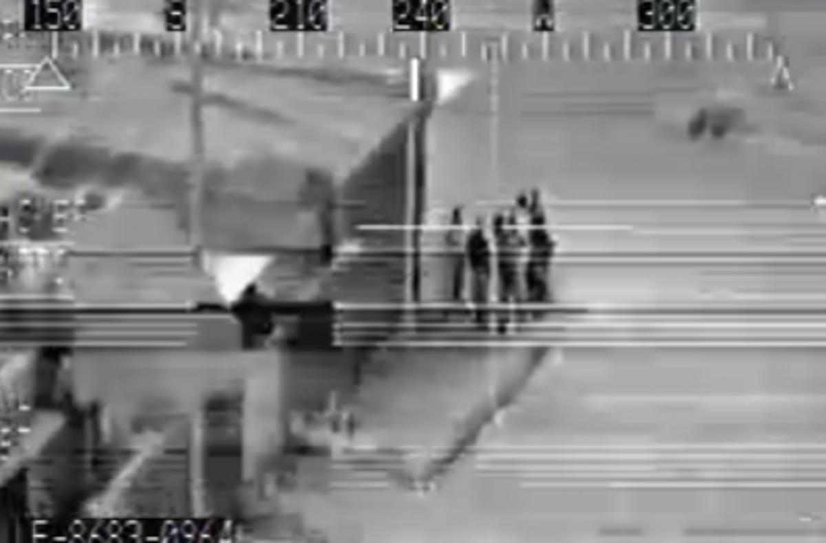 Τους «εξαΰλωσε» το Apache!Βίντεο από πραγματική επίθεση | Newsit.gr