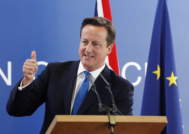 Διαψεύδει ο Κάμερον τις απειλές της Μέρκελ για ακύρωση της Συνόδου Κορυφής | Newsit.gr
