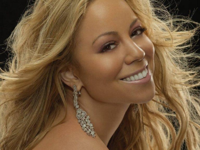 Τι κάνει η Mariah Carey στο X-Factor; | Newsit.gr