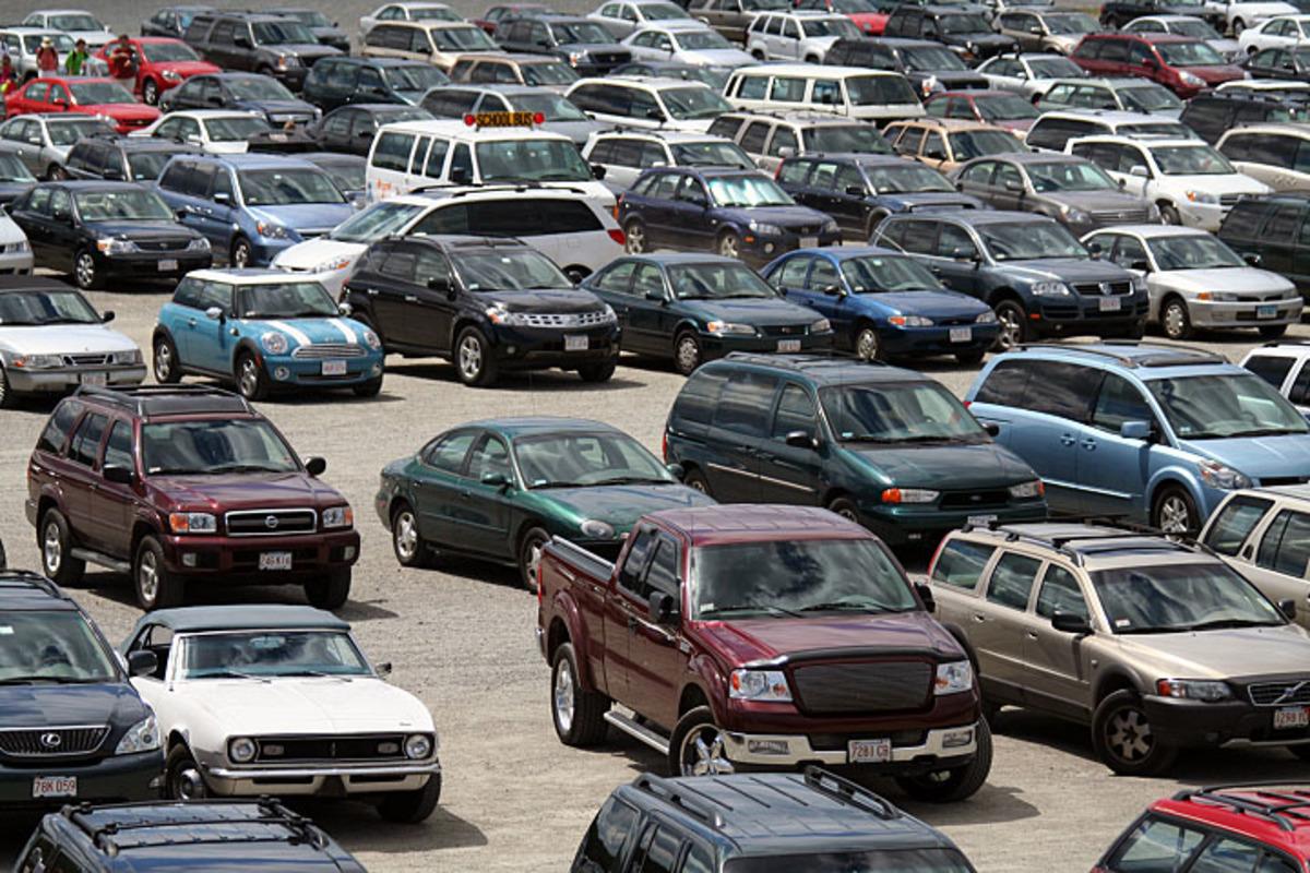 Έμπορος αυτοκινήτων πίσω από σπείρα που έκλεβε αυτοκίνητα | Newsit.gr
