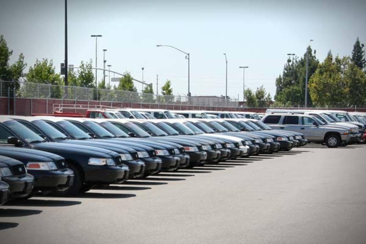 «Βουτιά» στις πωλήσεις αυτοκινήτων και το 2012   Newsit.gr