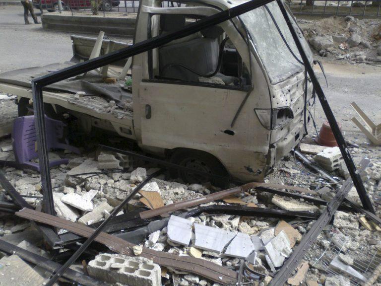 Συρία: Δεκάδες νεκροί από επίθεση με παγιδευμένο αυτοκίνητο | Newsit.gr