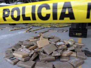 Χειροπέδες σε βαρόνους ναρκωτικών με 2 τόνους κοκαΐνης στην Κόστα Ρίκα