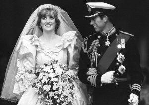 Ανάγκασε τον Κάρολο να παντρευτεί την Νταϊάνα! «Την έχεις εκθέσει»